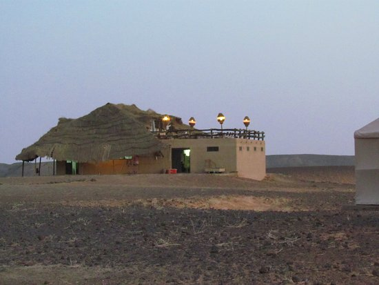 Meroe Tented Camp: this is the hotel dining/resting/play area/accueil