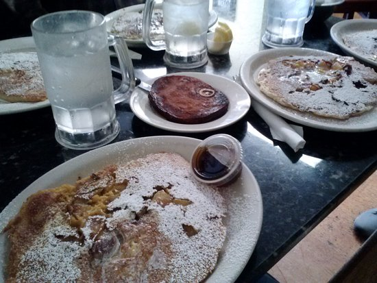 Westbrook, CT: Pumpkin/apple pancake, ham steak; to the right are more flavors