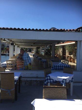 Vritomartes Restaurant: photo5.jpg