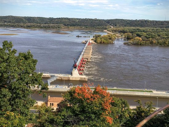 Dubuque, IA: Dam & locks from Eagle Point Park