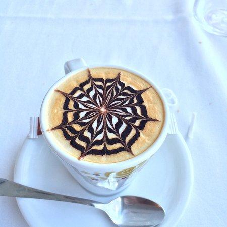 Covas, إسبانيا: Cafe del resaturante Thalasso