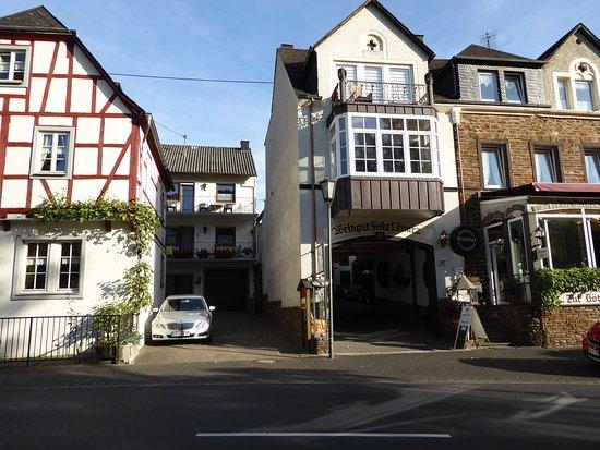 Bruttig-Fankel, Germany: Das Haus im Hinterhof ist das Gästehaus