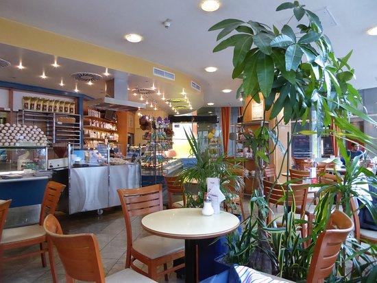 cafe und konditorei groissb ck wien restaurant bewertungen telefonnummer fotos tripadvisor. Black Bedroom Furniture Sets. Home Design Ideas