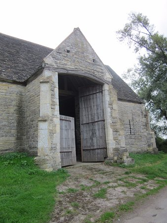 Ashleworth, UK: Exterior of Tithe Barn