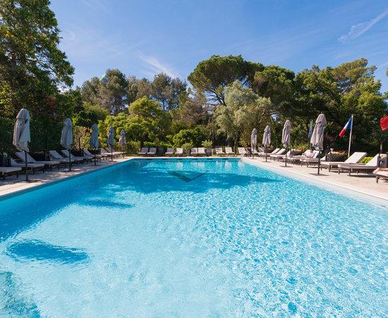 The Pool at the Hotel Le Vallon de Valrugues & Spa