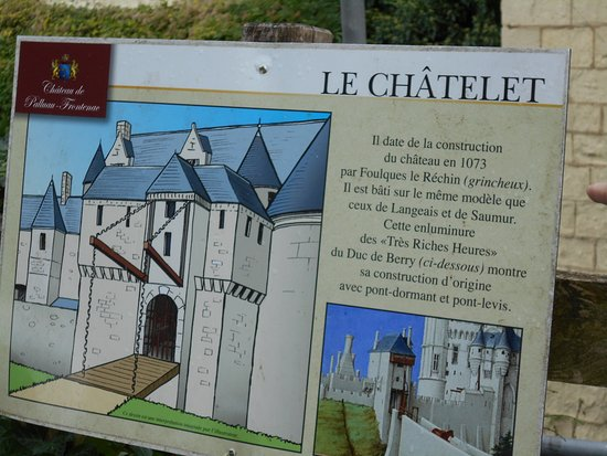 Indre, Fransa: drawbridge description at Palluau