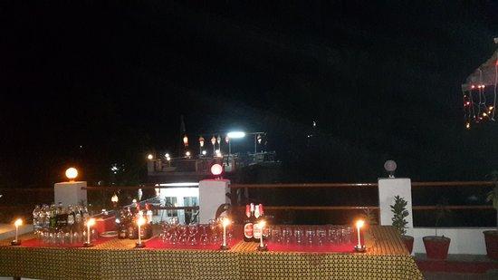 Hotel Siddharth: 20160213_194222_large.jpg