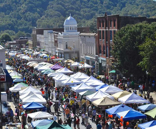 Old Fort, NC: Mountain Glory Festival in Marion, NC - 2nd Saturday in October.