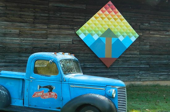 Old Fort, NC: Tour the McDowell Quilt Trail, 200+ outdoor blocks!
