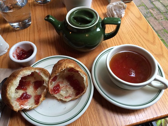 Seal Harbor, ME: Tea time!