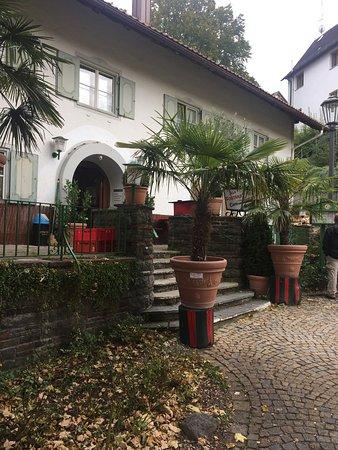Bad Groenenbach, Almanya: Osteria Pizzeria Alla Fontana