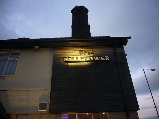 Garstang, UK: Farewell to the Bellflower.