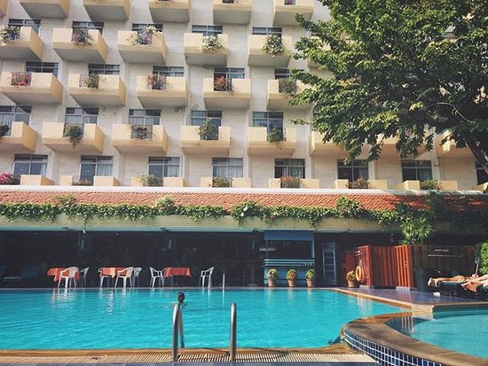 Pavement Picture Of Golden Beach Hotel Pattaya Tripadvisor