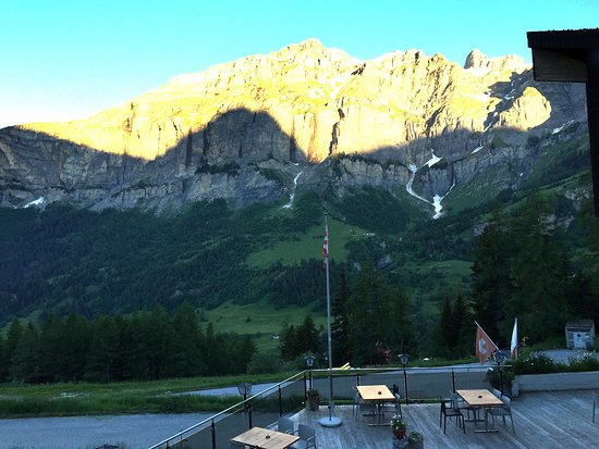 Albinen, Switzerland: l'alba