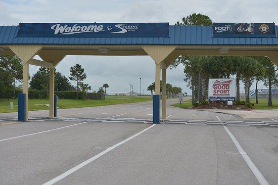 Sebring, FL: Indkørslen til banen