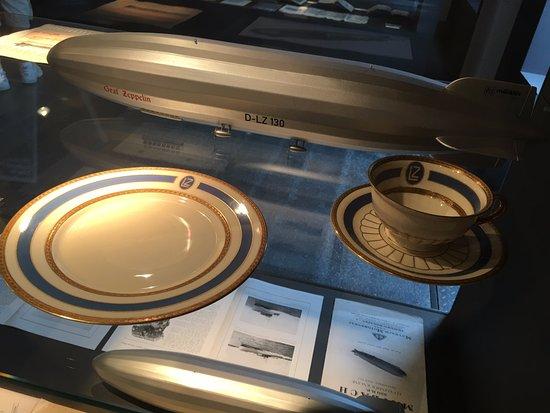 Museum für historische Maybach-Fahrzeuge: Zeppelin tableware