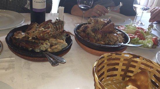 Roa, Spanien: Muy buen asado