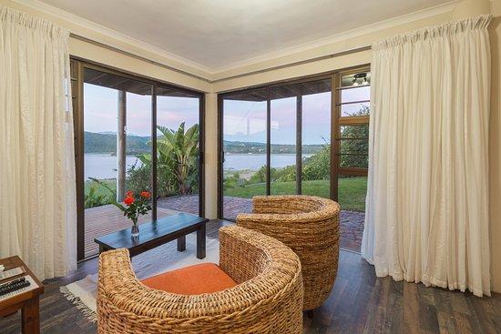 Interlaken Guest House: Lounge area sunbird suite