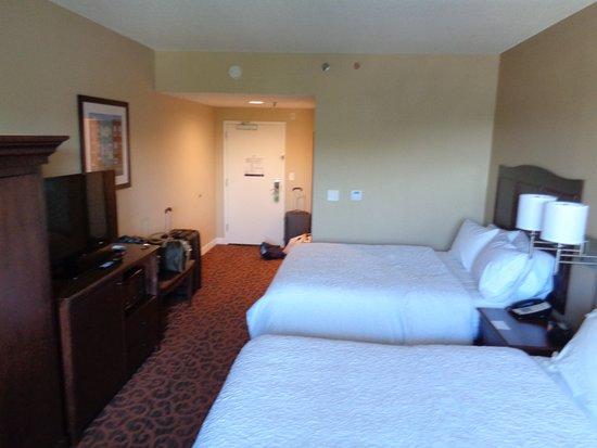 Hampton Inn Baltimore / Glen Burnie: Dormitórios com camas muito confortáveis!!!