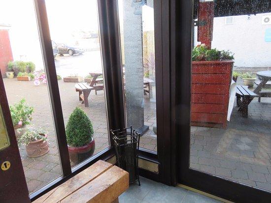 Dalbeattie, UK: outside seatting