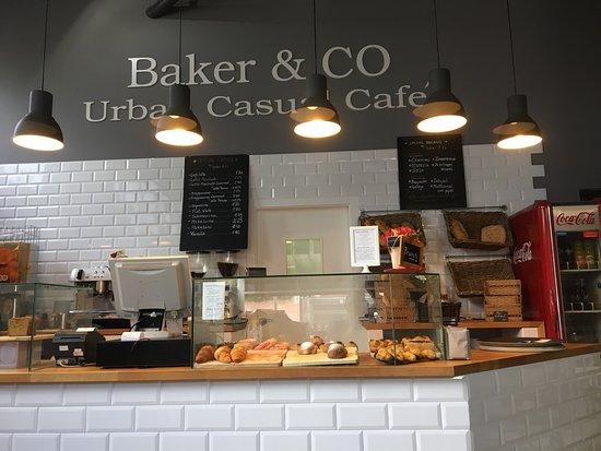 Baker & CO : photo0.jpg