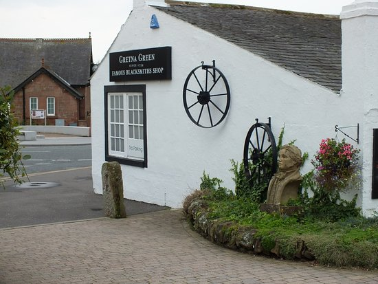 Gretna Green, UK: Robbie Burns statue