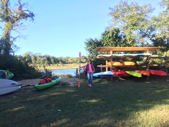 East Hampton, Nowy Jork: Kayaking with Khanh sports is great!