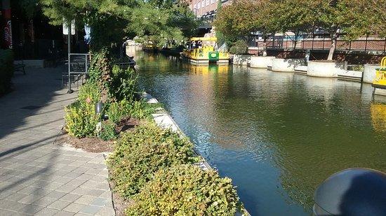 Bricktown Water Taxi : OKC Riverwalk