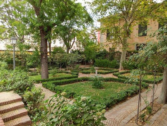Es precioso picture of jardin del principe de anglona for El jardin del principe