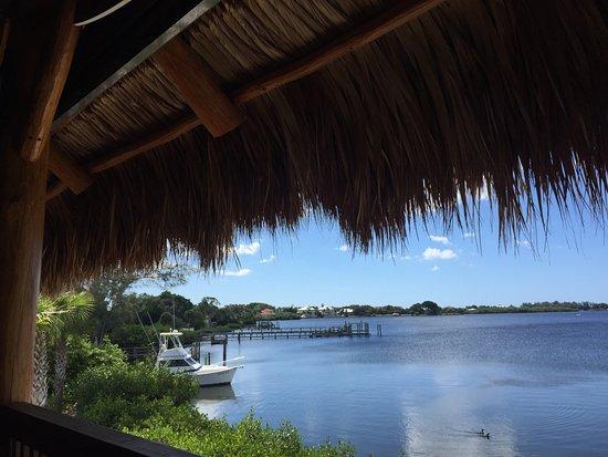 Nokomis, FL: NoKoMo's Sunset Hut