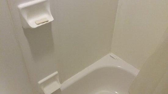 Maid Left Last Persons Stuff In The Bathroom Wonder What Else Wasn - Bathroom maid