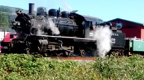 Garibaldi, OR: Our steam loco