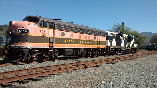 Garibaldi, ออริกอน: Early diesels