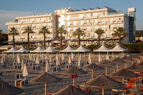 Premium Hotel Beach