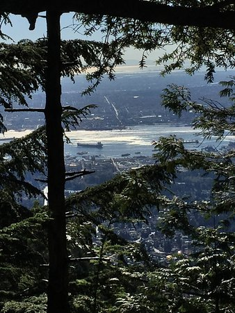 North Vancouver, Canadá: photo0.jpg
