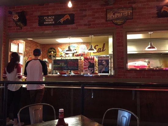 Bryan's Black Mountain BBQ: Order Placement