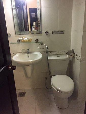 Bizu Hotel District 1: photo2.jpg