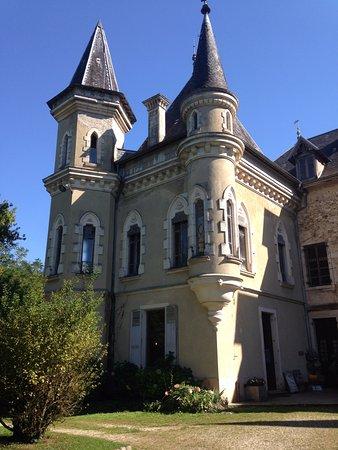 Avressieux, France: La partie la plus moderne du chateau