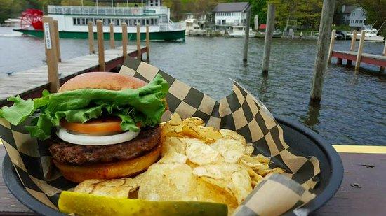 Saugatuck, MI: Burger with a View