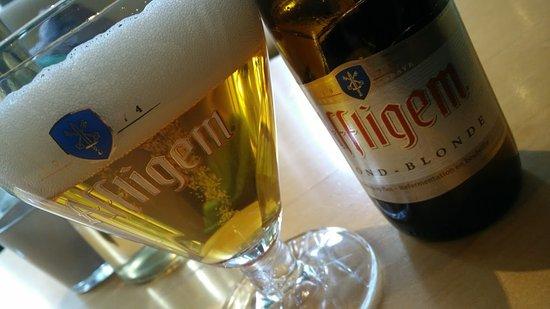 Garderen, Hollanda: Een heerlijk speciaalbiertje Affligem bij de open haard