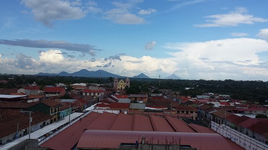Leon, Nicaragua: 20161014_213500_large.jpg