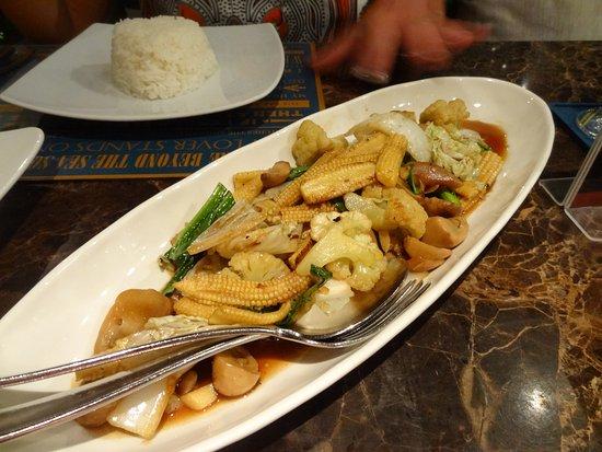 Laem Set, Thailand: stir fry veg