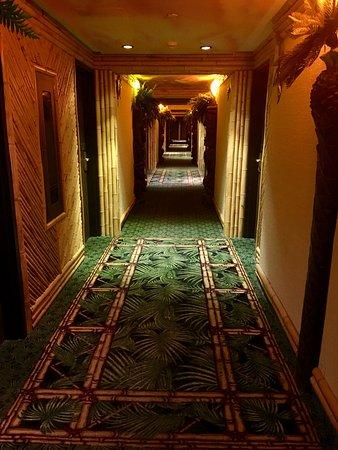 Fantasyland Hotel & Resort Photo