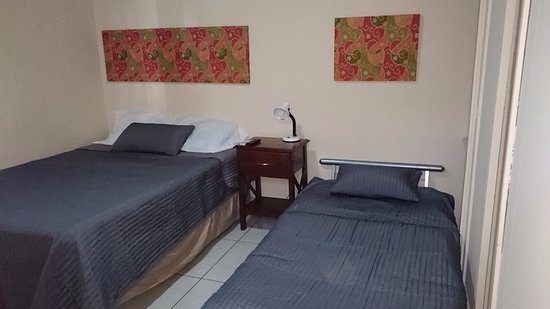 ‪‪Managua Department‬, نيكاراجوا: Full bed room with extended futon. ‬