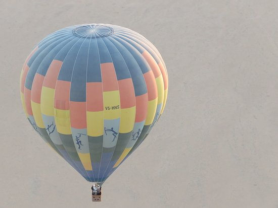 Sesriem, Namibia: Shot of the other balloon