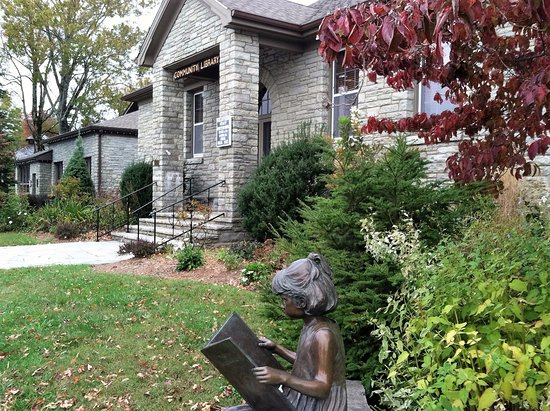 "Blowing Rock Community Library and ""Jessie"""