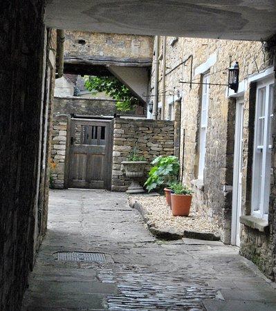 Burford, UK: and crannies