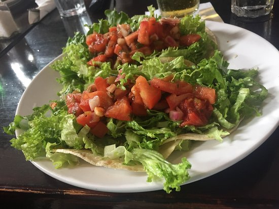 Colleen's at the Cannery: fish tacos