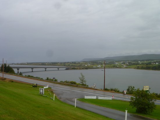 Margaree Harbour, Canadá: View from the Motel to Margaree River