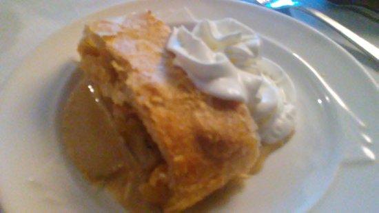 Yardley, PA: Apple dessert; cream on the side